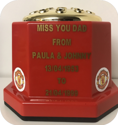 Manchester United F. C. football personalised Grave pot (1)